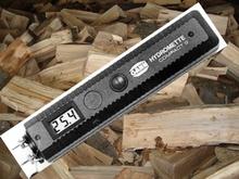 Compact S puunkosteusmittari polttopuun kosteudenmittaukseen